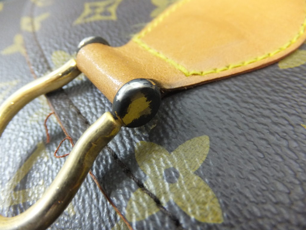 ルイヴィトン ゴールド金具のメッキ箇所 基準外