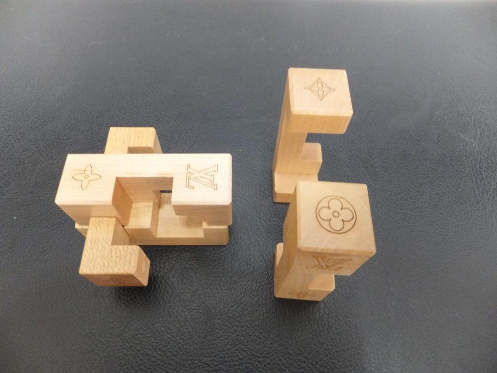 ⑨Louis Vuitton(ルイヴィトン) ノベルティ品 積み木パズル パテキ